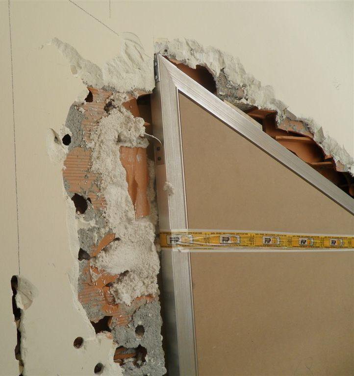 Porta rasomuro con serratura invisibile filo muro sistemi - Porte interne senza telaio ...