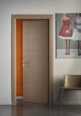 Porte interne laminato rovere sbiancato con incisioni argento 80x210 87x213 ebay - Verniciare porte interne laminato ...