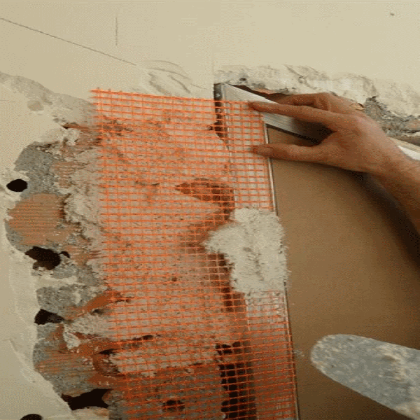 Porta raso muro con serratura invisibile filo muro sistemi - Porta filo muro prezzo ...