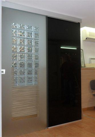 Porte in vetro scorrevole esterna con binario compact filomuro ...
