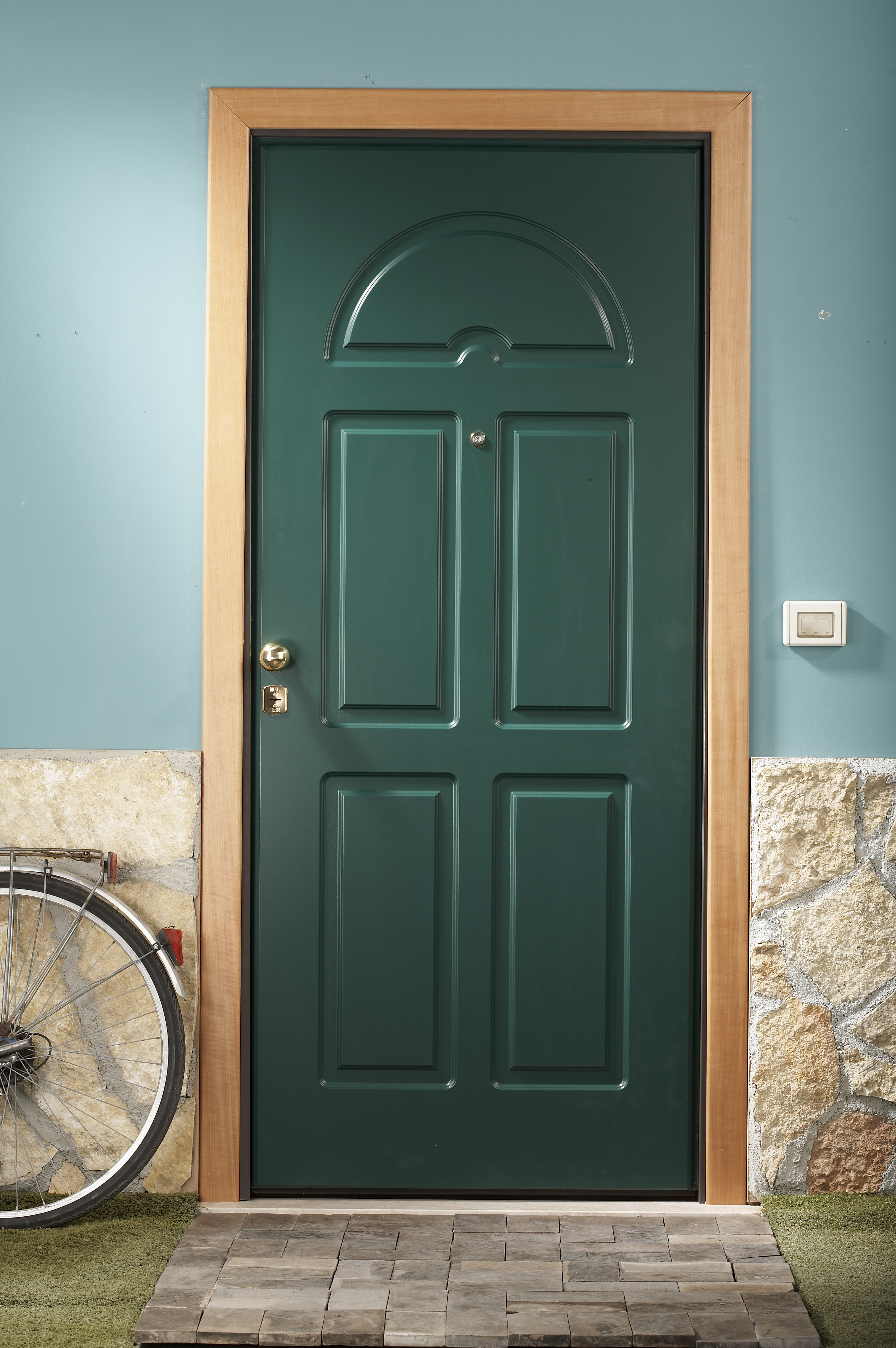 Cerniere invisibili fisse per porte